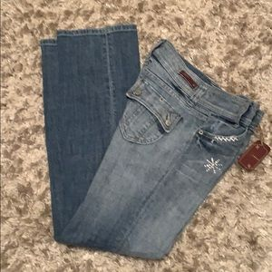 Denim - LIGHTWASH DENIMS